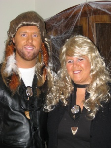 Halloween 2009, Dog and Beth Bounty Hunter